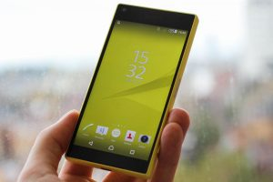 sony-xperia-z5-compact-5